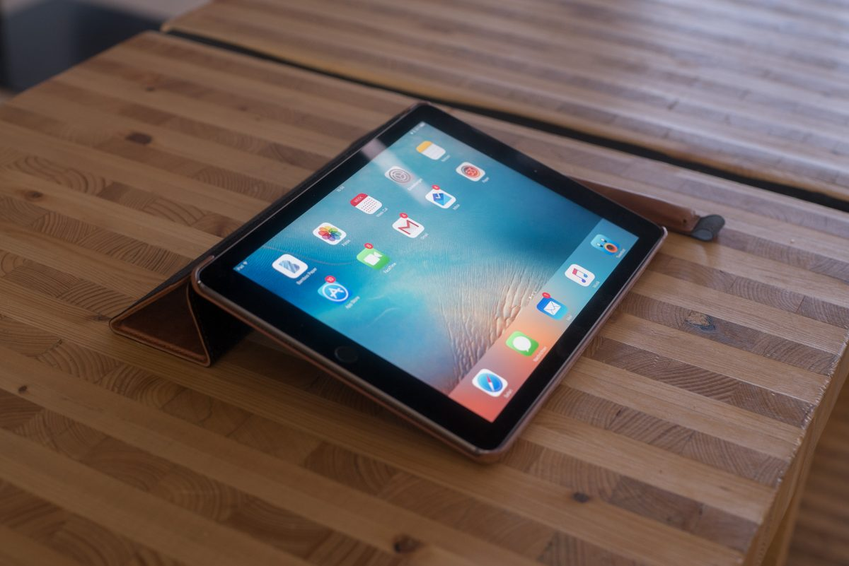 """iPad Pro 9.7"""" starke Farben"""