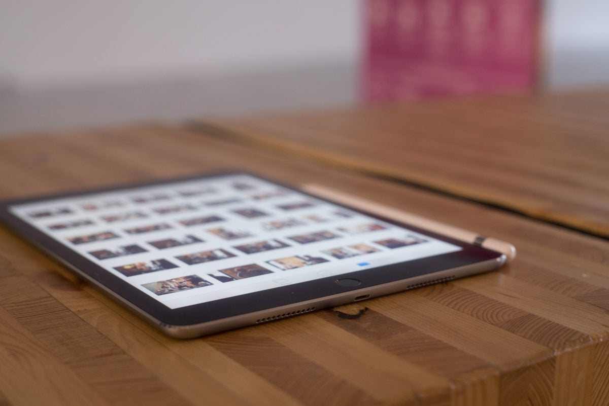 "Das iPad Pro 9.7"" ist flach."