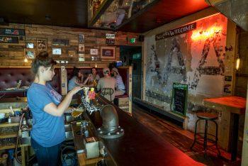 Feierabend-Bier in Toronto