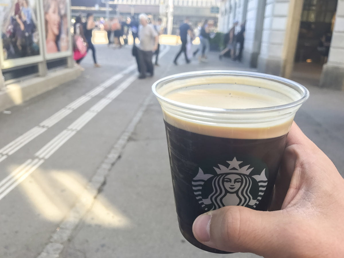 Starbucks Nitro Cold Brew am Sihlquai/HB