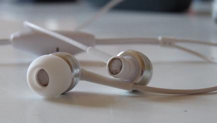 Sennheiser Headset Abgefallene Plastikkappe